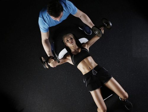 Faire sport avec un coach sportif pour les amateurs.